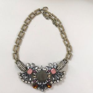 Jewelry - Bold statement necklace